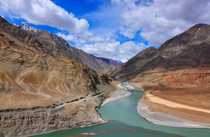 Confluence of rivers Indus and Zanskar